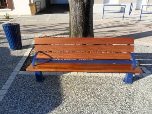 Pose de mobilier urbain sur la commune du Givre par la SAS SVEM - 2012