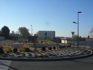 Aménagement paysager - Giratoir Piobetta à Aubigny - SAS TRICHET ENVIRONNEMENT